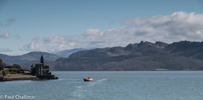 Looking east up the Mawddach River towards the mountains. The lower slopes of Cadair Idris can be seen on the right.