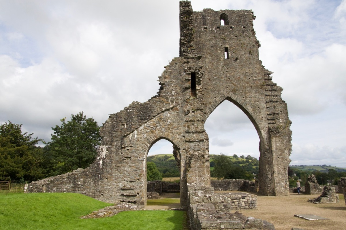 Talley Abbey 170826