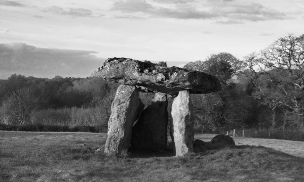 St Lythan's Burial Chamber 091217
